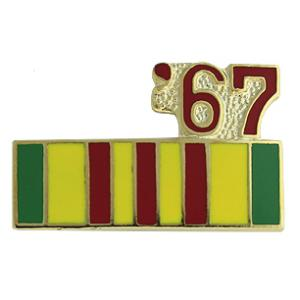 Vietnam Service Ribbon with 67 Pin