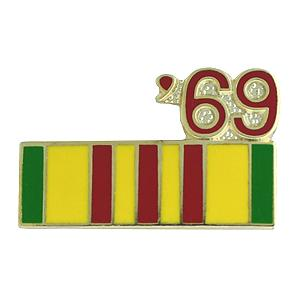 Vietnam Service Ribbon with 69 Pin